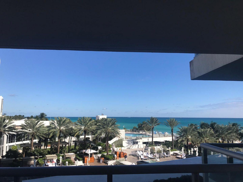 ocean, waterfront, water view, Miami beach, ocean view, blue ocean, deep blue sea, palm trees, hotel, miami holiday, holiday, miami heat, miami luxury, luxury, vacation, vacation mode, miami vacation, staceessmoothie, stacee's smoothie, stacees smoothie, beautiful view, sunshine, blue skies, girls trip
