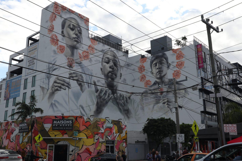 staceessmoothie, stacees smoothie, stacee's smoothie, artwork, art, street art, painting, drawings of people, life drawing